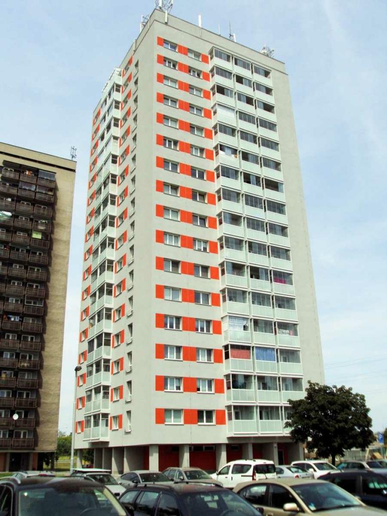 Revitalizace a rekonstrukce věžového domu, výškové budovy, panelových domů